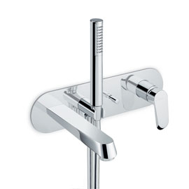 Bath group consisting of: concealed single lever bath mixer with automatic diverter, wall spout and shower set.