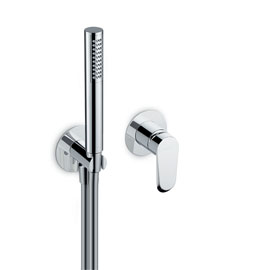 Shower group consisting of: concealed single lever bath mixer with shower set.