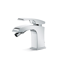 "Single-lever bidet mixer with 1""1/4 pop up waste set."