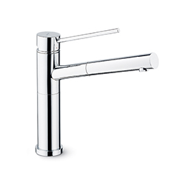 Single-lever sink mixer with swivel spout and pull-out hand shower